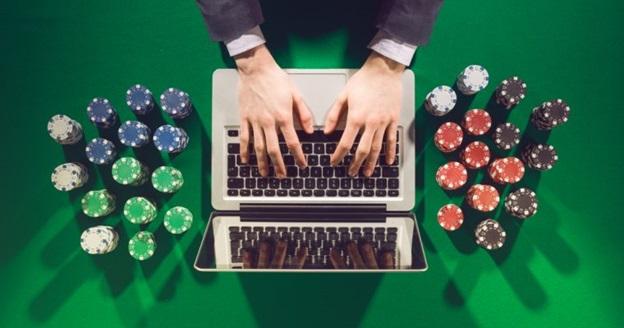 where to play casino war in vegas